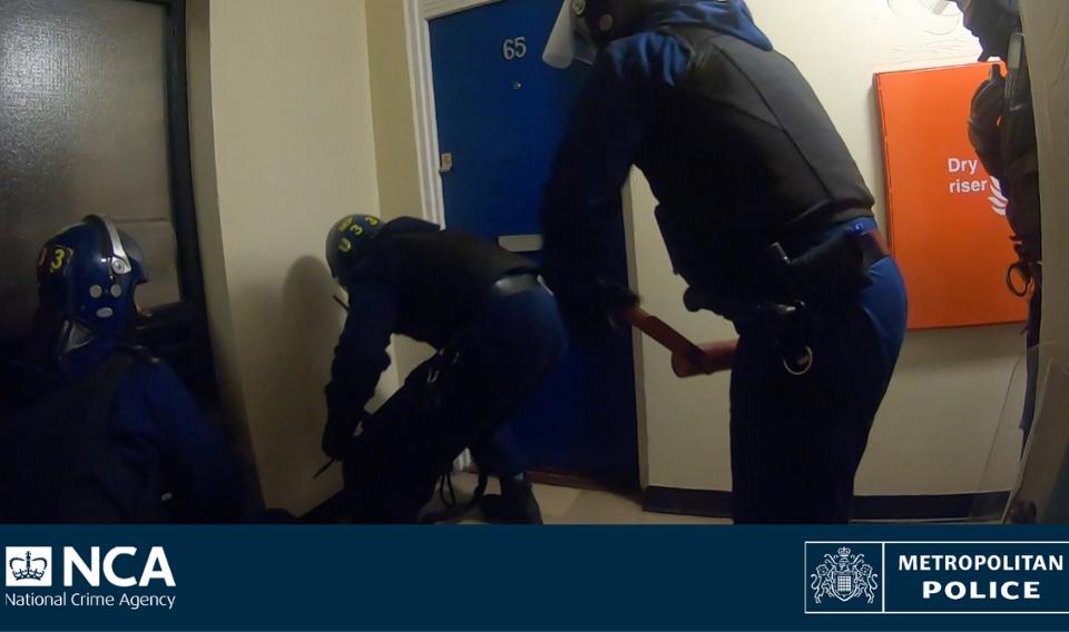Drug dealing crime group taken out in dawn raids